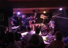 موسيقى الجاز الحية في هافانا كوبا